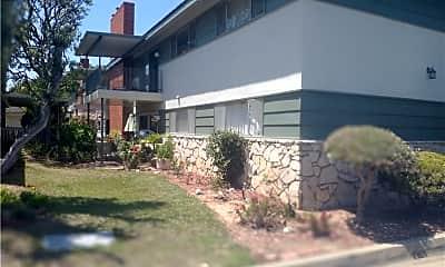 Building, 22669 Nadine Cir, 1
