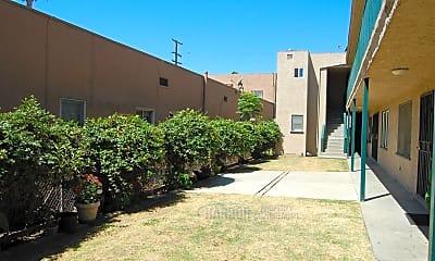 Building, 937 Magnolia Ave, 2