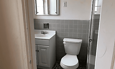 Bathroom, 4601 Bayard St, 2
