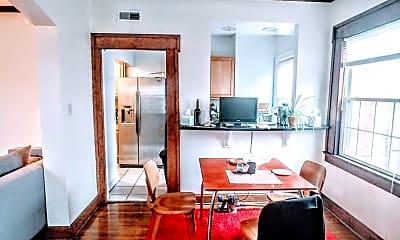 Living Room, 1350 Neil Ave, 1