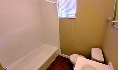 Bathroom, 901  Market, 2