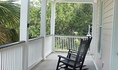 Patio / Deck, 710 Boundary St 2 E, 1