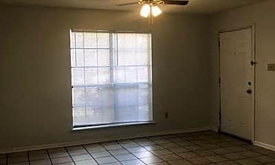 Living Room, 136 Hummingbird Ln, 1
