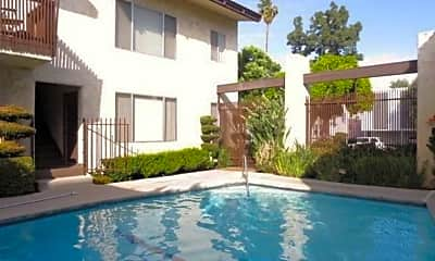 Pool, 5045 Woodman Avenue, 1