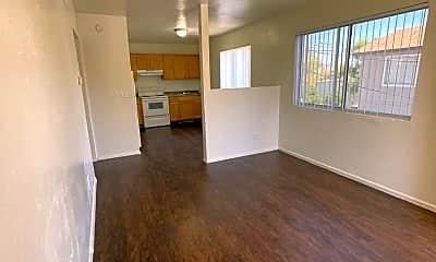 Living Room, 1022 N 22nd Pl, 1