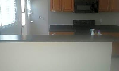 Kitchen, 6213 Skyline Dr, 2