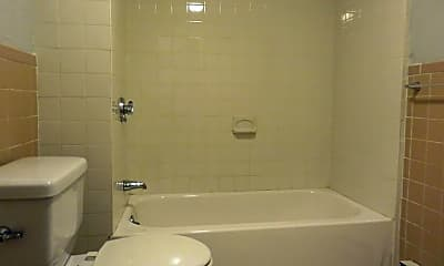 Bathroom, 14 Cross St E, 2