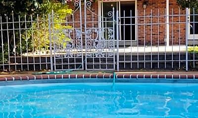Pool, 12385 Creekhaven Dr, 1