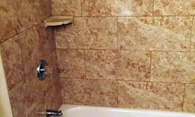 Bathroom, 550 Springfield Ave, 2
