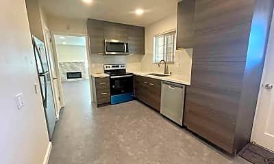 Kitchen, 1229 Parkington Ave, 1