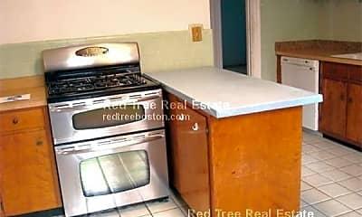 Kitchen, 124 Columbia St, 2