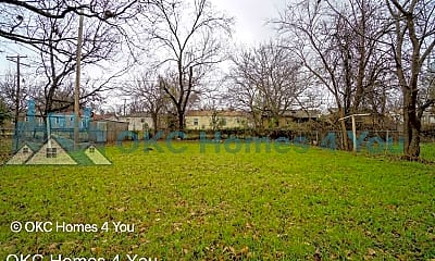 Community Signage, 3116 NW 32nd St, 2