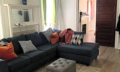 Living Room, 841 Heberton St, 1