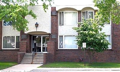 Building, 4251 Parklawn Ave, 1
