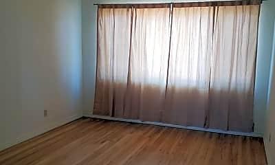 Living Room, 218 Morningside Dr SE, 0