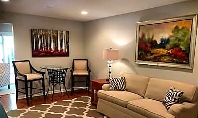 Living Room, 3097 Colonial Way C, 0