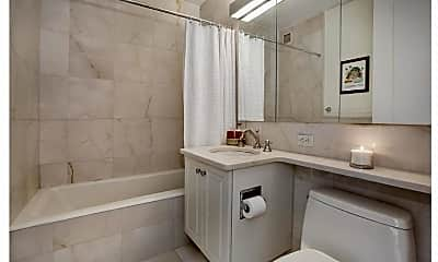 Bathroom, 10 Liberty Pl, 1