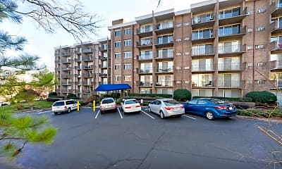 Building, University Apartments - Chapel Hill - PER BED LEASE, 0