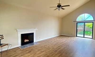 Living Room, 1116 Halyard Dr, 1