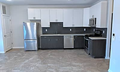 Kitchen, 406 Westminster Ave, 2