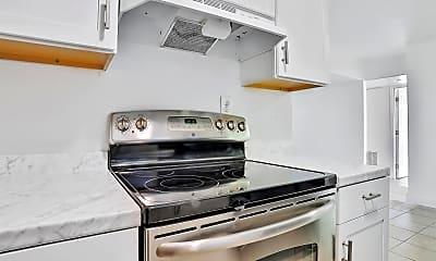 Kitchen, 1140 Lincoln Terrace, 2