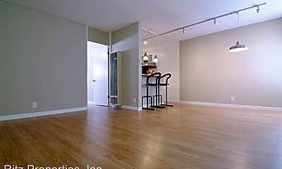 Living Room, 11957 Kiowa Ave, 1