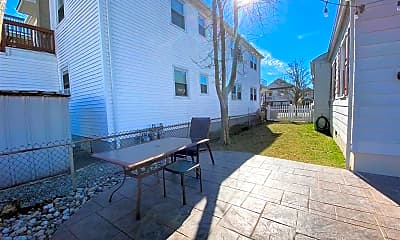 Patio / Deck, 123 N Rosborough Ave, 2