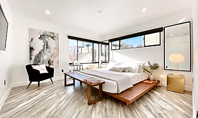 Living Room, 230 S Carondelet St, 2