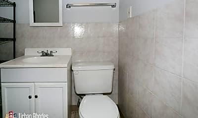 Bathroom, 1525 W Hollywood Ave, 2