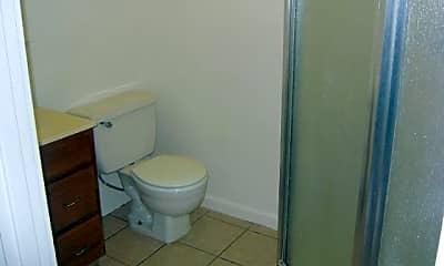 Bathroom, 810 Lucern Ave, 2