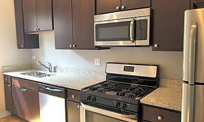 Kitchen, 6700 N Artesian Ave, 1