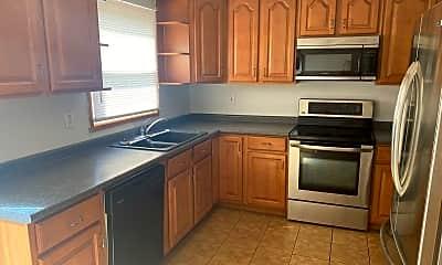 Kitchen, 117 Saguaro Dr, 1