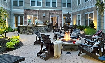 Courtyard, Avalon at the Pointe, 0