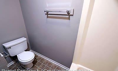 Bathroom, 750 S 3rd St, 2