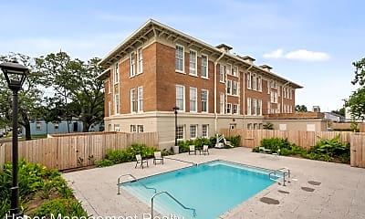 Pool, 800 N Rendon, 1