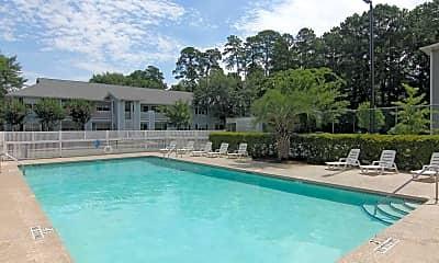 Pool, Plantation Oaks, 1