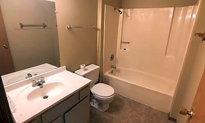 Bathroom, 4805 7th Ave N, 2