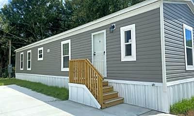 Building, 5611 Bayshore Rd 109, 0