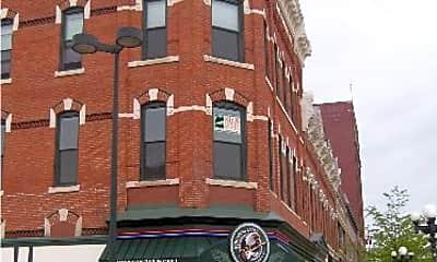 Building, 606 Lafayette St, 2