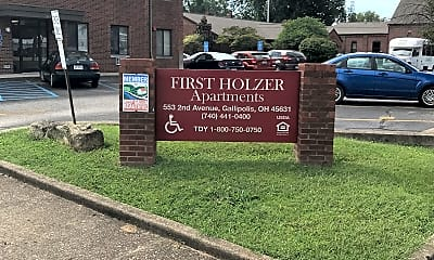 First Holzer Apartments, 1