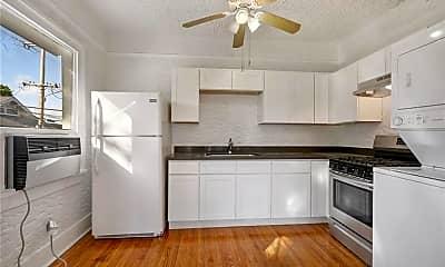 Kitchen, 4237 Fontainebleau Dr B, 1