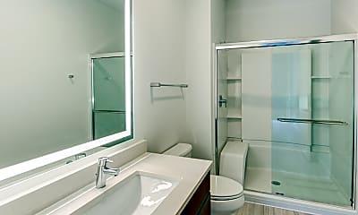Bathroom, Vantage on the Park, 2