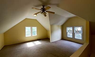 Bedroom, 78 Ashland St, 2
