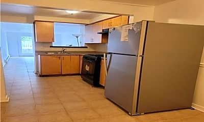 Kitchen, 88-29 Pontiac St, 0