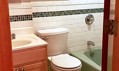 Bathroom, 17 Court Pl 2FRONT, 2
