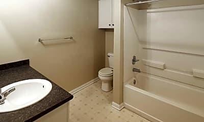 Bathroom, Reunion Court Apartments, 2
