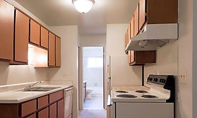 Kitchen, Cambridge Apartments, 1