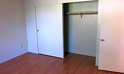 Bedroom, 504 W 10th St, 2