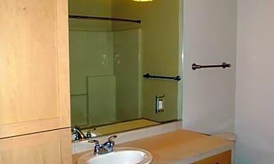Bathroom, 16141 Cleveland St, 2