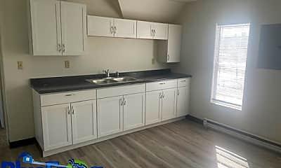 Kitchen, 1136 Indiana Ave, 1
